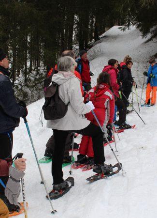 Contrebandiers dans les neiges